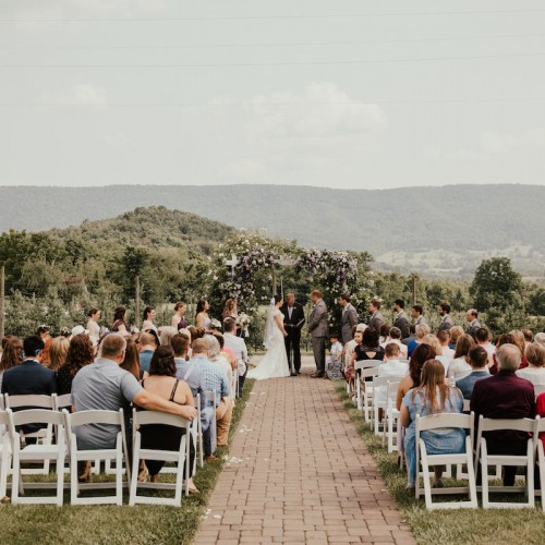 Doe Creek Farm Weddings, Virginia wedding photographer, Blacksburg Wedding Photographer, Caroline La Rocca Event and Design, Pat Cori Photography